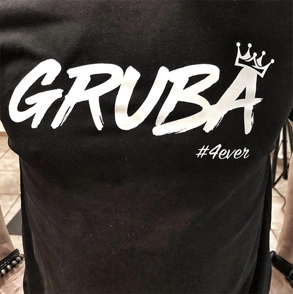 Rene Mlekuž črna Gruba majica